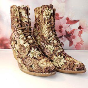 SOLD Jeffrey Campbell Elmcrom Tapestry Boots 9